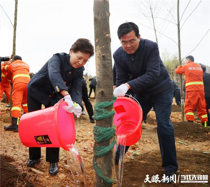2021年全省义务植树活动举行 牢记习近平总书记殷切嘱托 努力在生态文明建设上出新绩